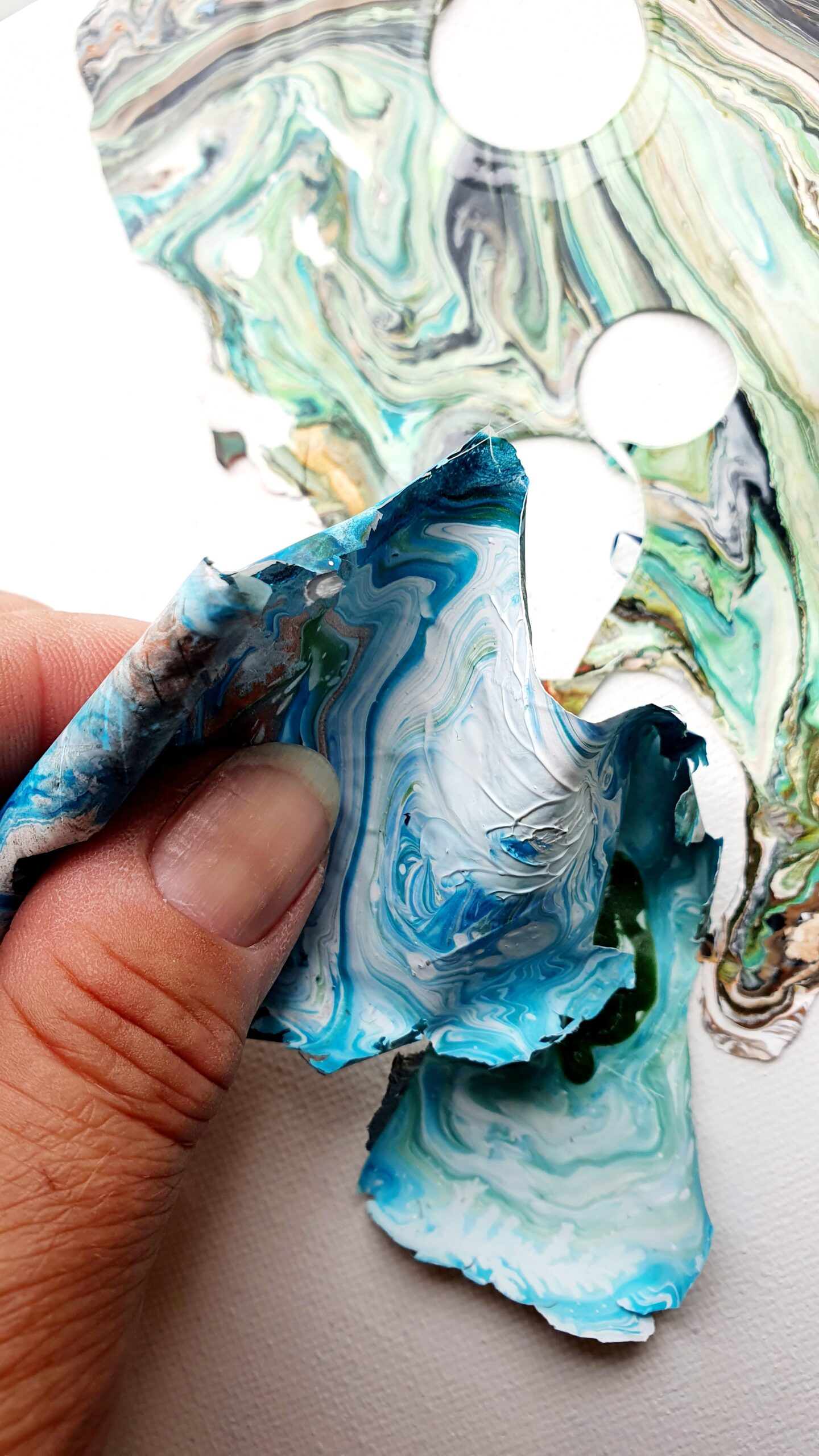 acrylic pouring by Calla Hueppe, Claudie Hamburg, Claudie Hüppe